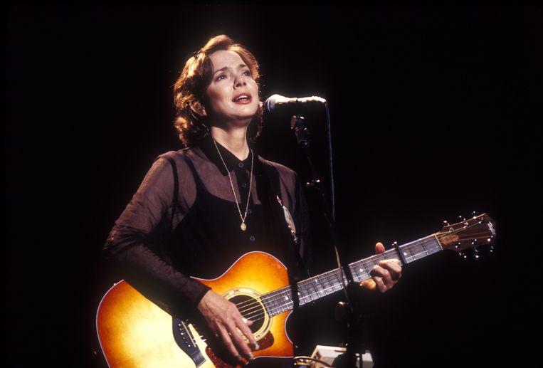 Nanci Griffith zong haar nummers, vol schrijnende realisme, met een misleidend lieflijke stem.  Beeld Redferns