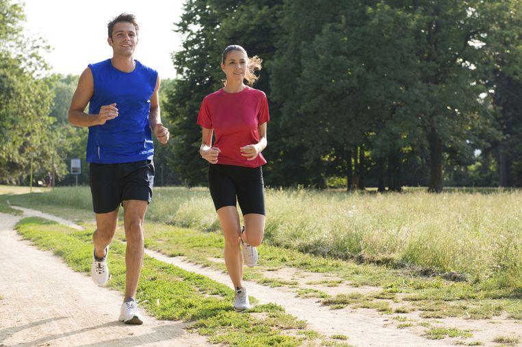 Joggen in korte broek en korte mouwen: om problemen vragen. Beeld THINKSTOCK