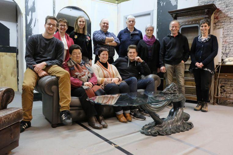 De cast van 'Het laatste glas', de laatste voorstelling waarin Jan Van den Wyngaert  meespeelde