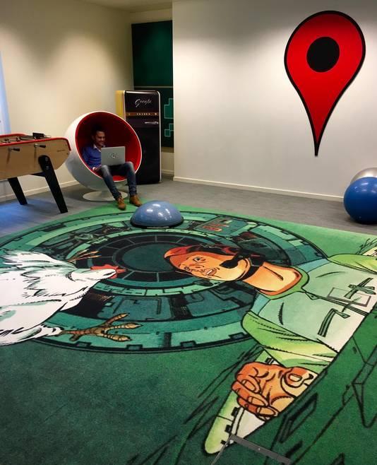 La salle de jeux où l'on travaille aussi.
