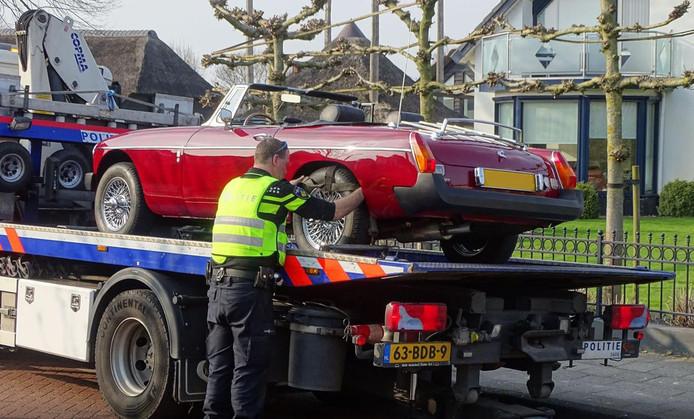 DE FIOD en het Openbaar Ministerie (OM) namen vorige maand een aantal dure voertuigen in beslag, van verdachten die betrokken zijn bij Hollandsche Wind.