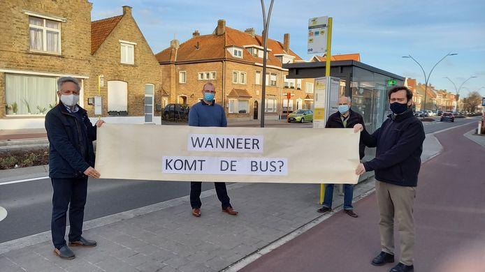 De inwoners van Sint-Pieters maken zich zorgen over de aanpassingen aan het vervoersplan van De Lijn.
