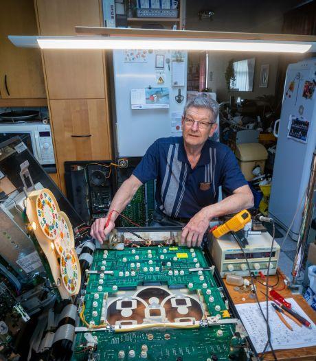 André (68) is specialist in onmogelijke reparaties: 'Geboren met schroevendraaier en soldeerbout in de handen'