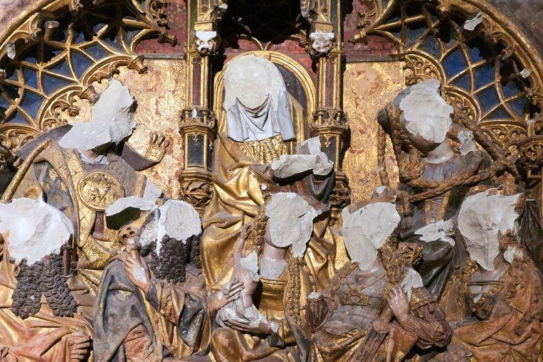 Het altaar in de Domkerk in Utrecht, beschadigd bij de Beeldenstorm in de zestiende eeuw. Beeld Alamy Stock Photo