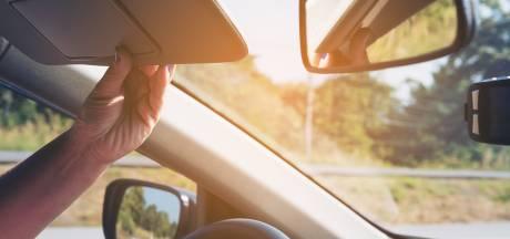 'Bestaan er ook dubbele zonnekleppen voor in de auto?'