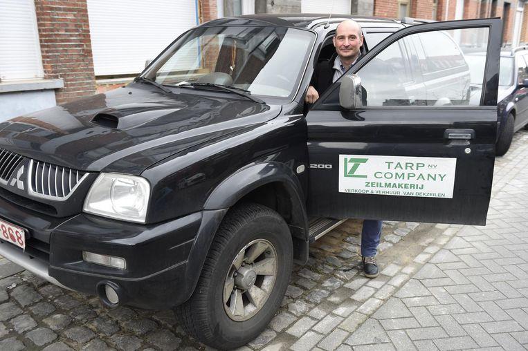 Luis Valle moet normaal 970 euro per jaar betalen voor een LEZ-toelating, omdat zijn wagen een lichte vracht is, maar hij kreeg nog steeds geen waarschuwingsbrief.