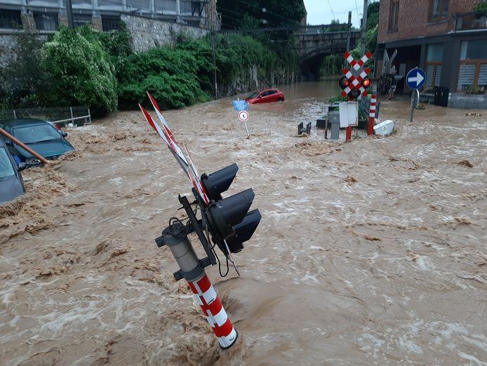 Ernstige overstromingen in de provincie Namen.