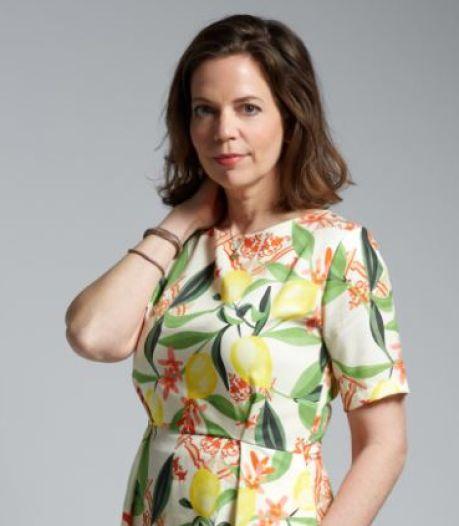 Marrika ontwerpt duurzame jurken met opvallende printjes: 'Hoe kleurrijker, hoe beter'