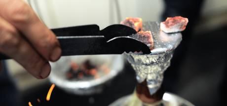 Martelaars die hete kolen van sishapijp op man legden veroordeeld