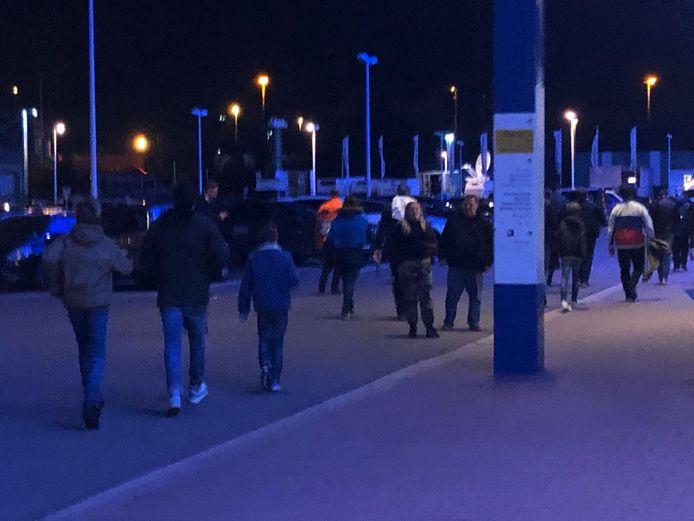 De Duitsers stappen van het UZ naar de Ghelamco Arena.