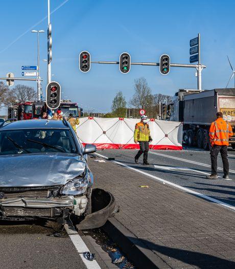 Dode bij ernstig ongeval op Burgemeester Letschertweg in Tilburg