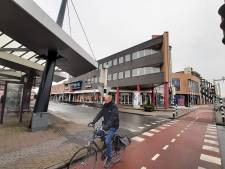 Busstation en hoekpand op Roselaarplein gaan verdwijnen