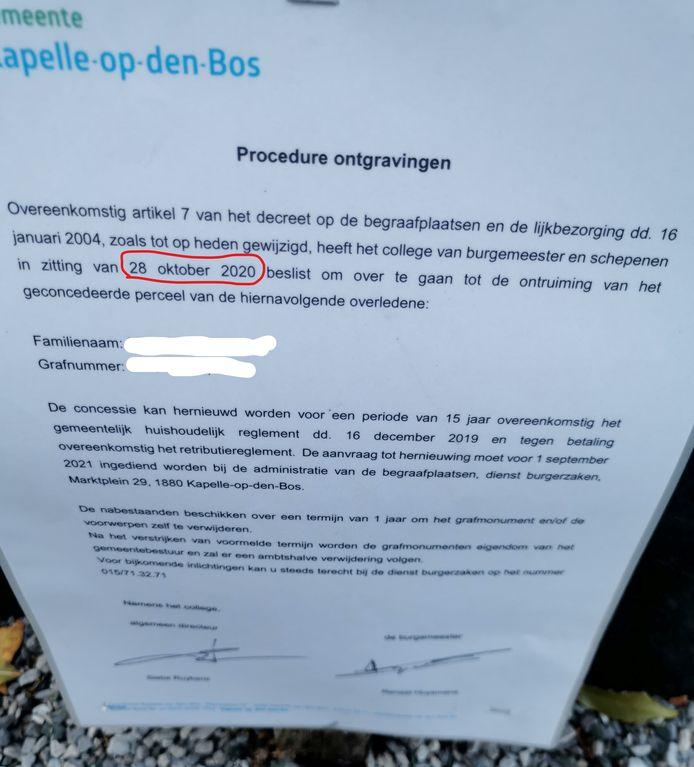 Bij proKA is men niet tevreden over de aankondiging die op de graven op het kerkhof van Kapelle-op-den-Bos geplaatst werd.