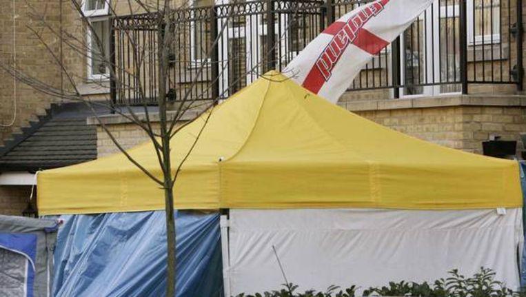 Het huis van Alexander Litvinenko in Londen, waar na zijn dood radioactief materiaal werd gevonden. Beeld AFP
