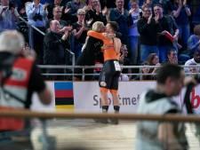 Sam Ligtlee (22) uit Eerbeek euforisch na wereldtitel op kilometer bij WK baanwielrennen