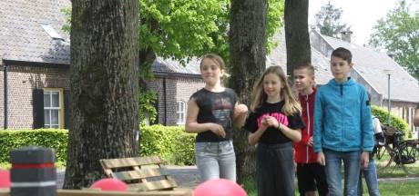 Escapepleinen voor de jeugd op 'corona'-dorpsfeesten' Aarle: 'Wie wil er een vuilniszak aan?'