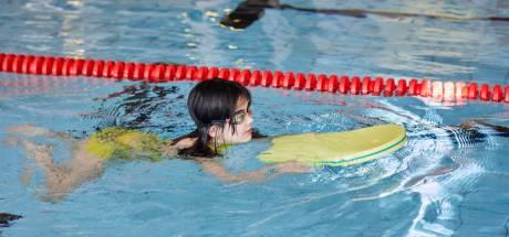 Zwembad Reynaertland hoeft door coronacrisis niet kopje onder te gaan, Hulst wil bijspringen