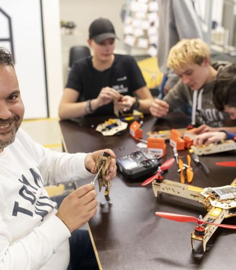 Opleiding rond drones van ROC van Twente valt in de smaak