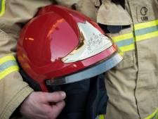 Oudere man krijgt brandweer voor de deur in binnenstad Zutphen na rookontwikkeling tijdens koken