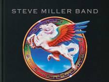 Space cowboy Steve Miller duikt de kelder in