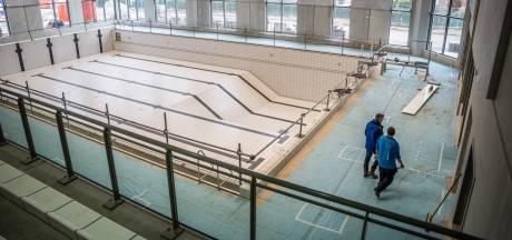 Nieuw zwembad op Arnhems sportcentrum Valkenhuizen later open vanwege corona, vorst en lekkage