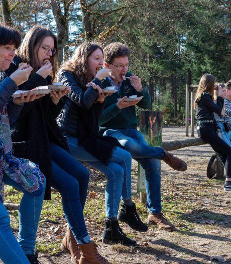 Wandelaars weten de Veluwe massaal te vinden (en de horeca pikt graag een graantje mee)
