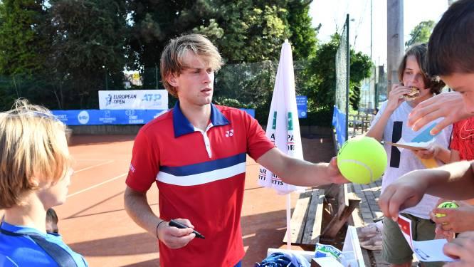 """Zizou Bergs (ATP-188) speelt volgend seizoen interclub voor Tennis Panorama: """"Een speler om naar op te kijken"""""""