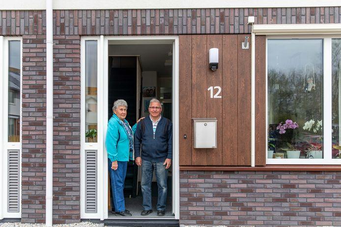 Mary en Henk van der Weele zijn tevreden over de aanpak van hun huurwoning.