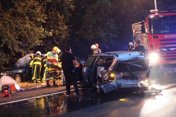Bij het ongeval op de A58 zijn in ieder geval twee auto's betrokken.