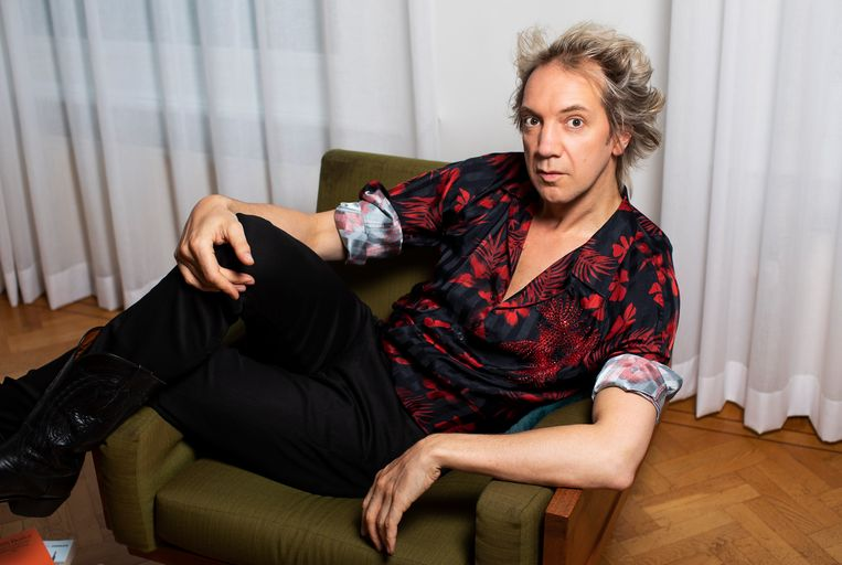 Sven Ratzke (1977) speelt in The Rocky Horror Show Frank-n-Furter, de transseksuele travestiet. Beeld Martijn Gijsbertsen