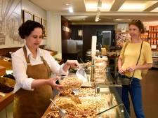 Tientallen groente- en kaasboeren, bakkers en viswinkels vragen klant om zelf bakje mee te nemen
