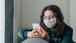 Apple maakt het iets makkelijker om je smartphone te ontgrendelen als je een mondmasker draagt