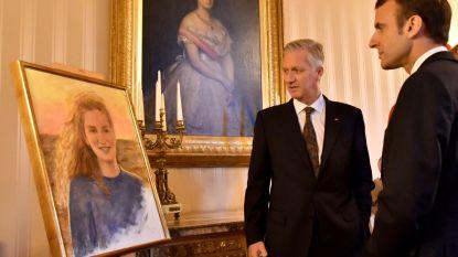 Filip showt schilderkunsten aan Macron