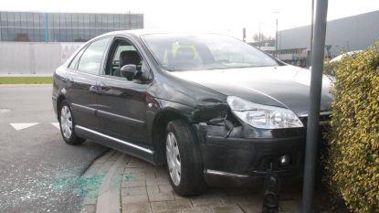 Bejaarde bestuurster overleden nadat ze onwel werd achter het stuur