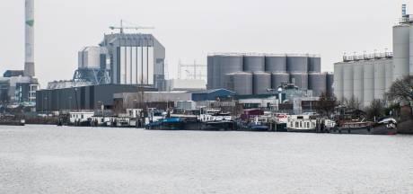 Nijmegen: woonboten Oostkanaaldijk hoeven voorlopig nog niet weg