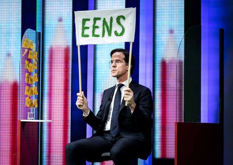Mark Rutte (VVD) tijdens de opnames van een speciale uitzending van het Jeugdjournaal.  Beeld ANP