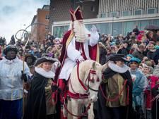 Volle Rijnkade voor Sinterklaas