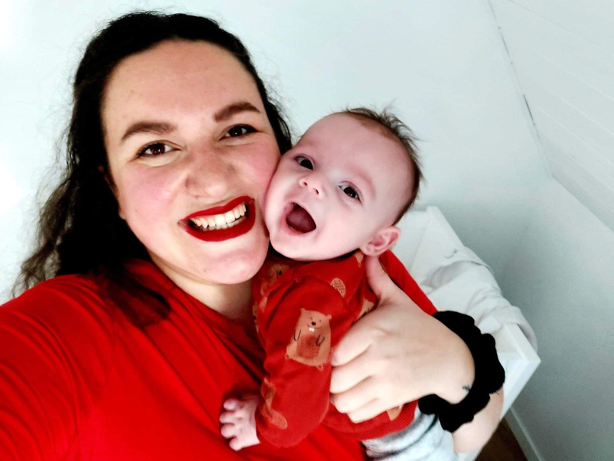 Laurie Bailliu - mama van Finn (17 weken)