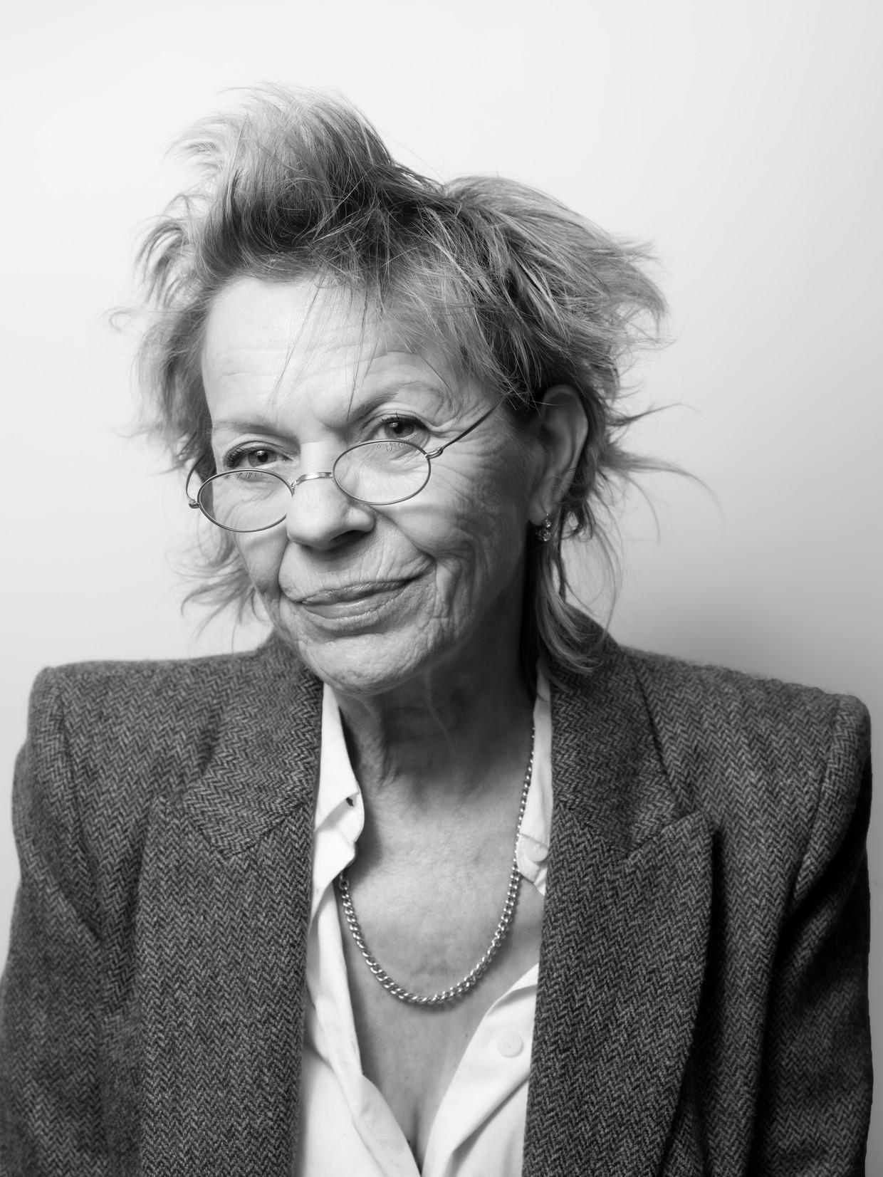 Connie Palmen: 'Ik herinner me dieeerste tijd na De wetten als een tijdvan groot geluk. Ikwerd wie ik was. Alsofik geboren werd.' Beeld Eva Roefs