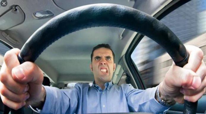 De hufter in het verkeer is meestal een narcist.