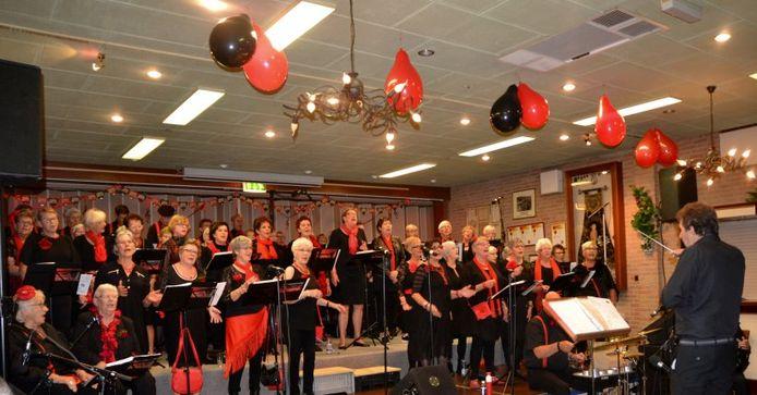 Het koor van Gimmese Smart viert in november haar jaarlijkse tweedaagse optreden.