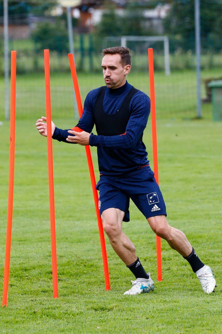 ► Sven Kums werkt hard aan zijn fysiek tijdens de stage in Saalfelden, Oostenrijk. Beeld Photo News