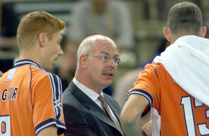 Gerbrands als volleybalbondscoach in 2000
