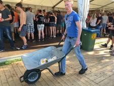 Zwarte Cross ontwaakt: ontbijtjes in de kruiwagen en lege toegangswegen