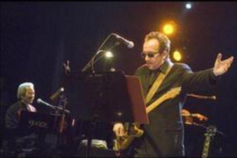 Allen Toussaint (l.) en Elvis Costello: een samenwerking uit de duizenden. Beeld UNKNOWN