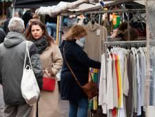 Het zonnetje breekt door op markt in Geldermalsen