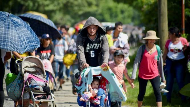 Meer migranten dan ooit teruggestuurd aan zuidgrens VS, nieuwe migrantenkaravaan onderweg