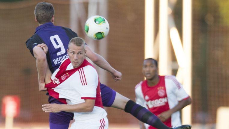 Ook Mike van der Hoorn kon het puntverlies voor Ajax niet voorkomen. Beeld pro shots