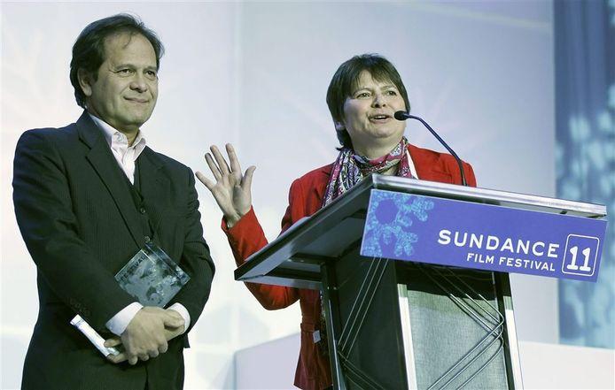 Hetty Naaijkens-Retel Helmrich met haar broer Leonard Retel Helmrich.