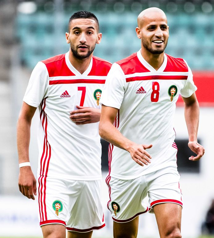 Karim El Ahmadi - met links naast hem Hakim Ziyech - in de nationale ploeg van Marokko.